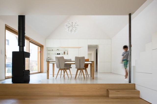 Two-storey house minimalist style (2)
