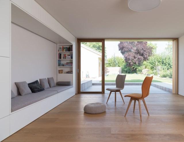 Two-storey house minimalist style (5)