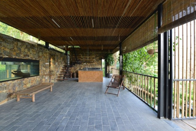 Villa house of stone and wood on the hills (14)