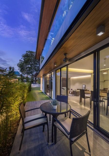 Vulgate Modern Contemporary House (13)
