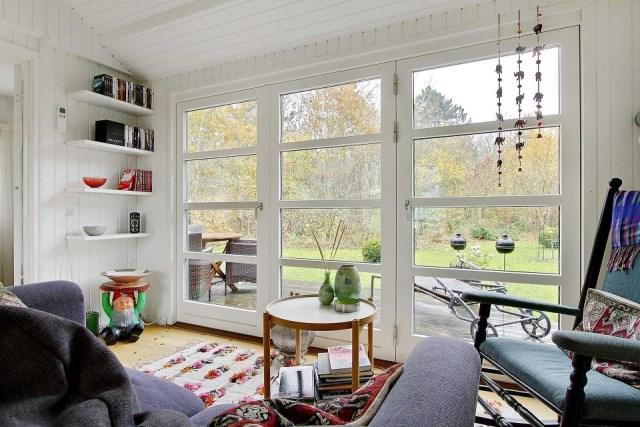 black-white cottage House 1 bedroom (10)