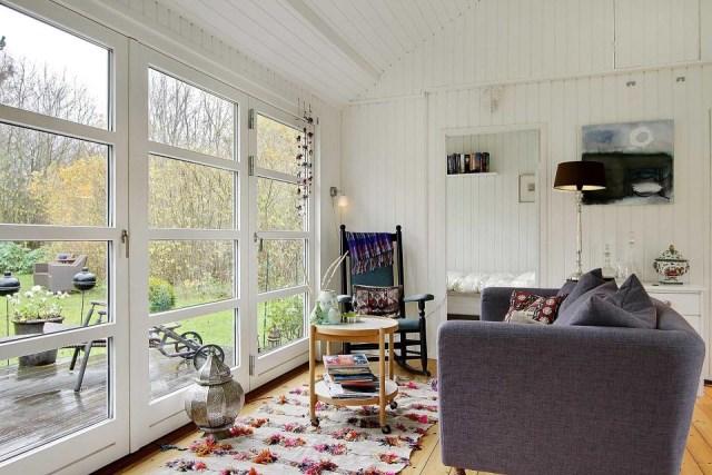 black-white cottage House 1 bedroom (13)
