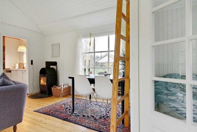 black-white cottage House 1 bedroom (14)