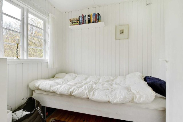 black-white cottage House 1 bedroom (16)