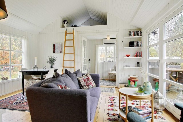 black-white cottage House 1 bedroom (9)