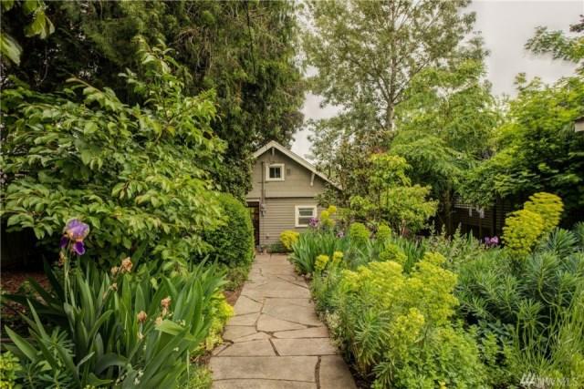 compact-craftsman-bungalow (2)