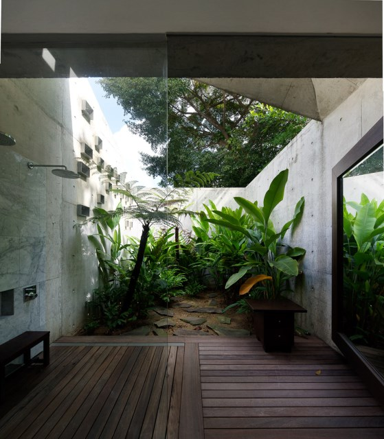 concrete-house-mosern-style-in-the-garden (10)