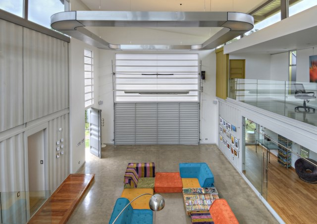 container Modern Home Modern materials and shapes (10)