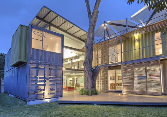 container Modern Home Modern materials and shapes (8)