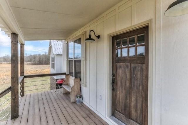cottage high platform House (16)