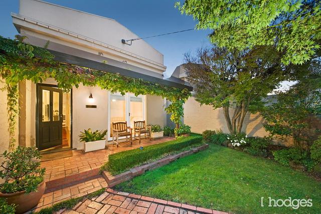 garden wood house with pergola patio (1)