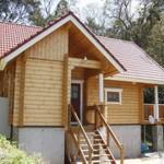 บ้านครึ่งปูนครึ่งไม้ ดีไซน์คันทรี่ เหมาะสำหรับเป็นบ้านพักตากอากาศที่ต่างจังหวัด