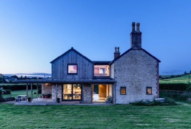 medium Cottage House Designed with stone and wood With large terrace (17)
