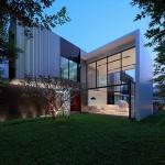 บ้านโมเดิร์น ดีไซน์รูปทรงกล่อง วัสดุสมัยใหม่ ผสานเข้ากับพื้นที่สีเขียวลงตัว
