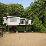 บ้านเดี่ยวยกพื้นสูง ขนาดกะทัดรัด มาพร้อมสวนป่า กับบรรยากาศริมแม่น้ำ