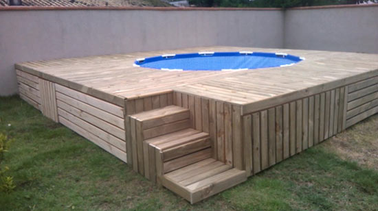 the-man-creating-small-private-pool (5)