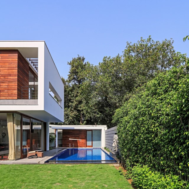 two-story Modern house Box -shaped design (3)