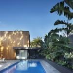 บ้านโมเดิร์นสองชั้น ออกแบบด้วยวัสดุทันสมัย มาพร้อมสระว่ายน้ำ เต็มอิ่มกับฟังก์ชันแบบบ้านวิลล่า