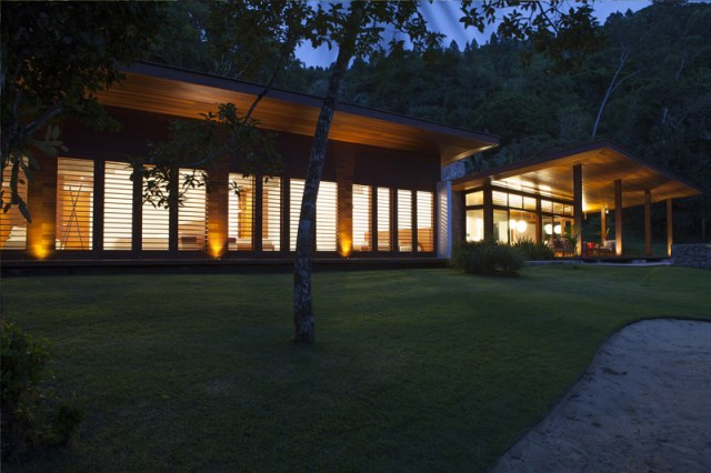 vacation house Design wood and glass (13)