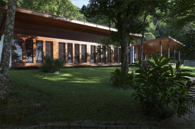 vacation house Design wood and glass (2)