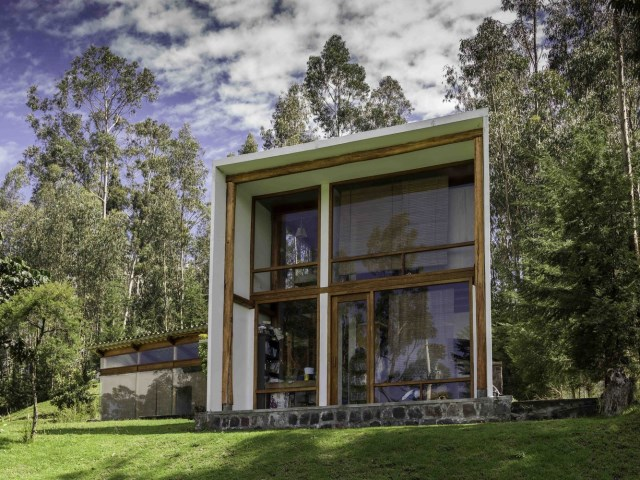 villa house Modern style box shaped materials wood and glass (11)