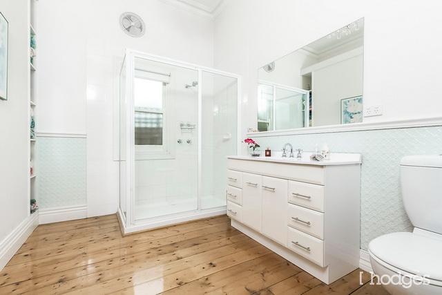 white classic house (4)