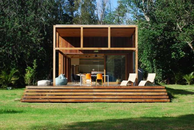 wooden house airy design (1)