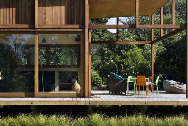 wooden house airy design (10)