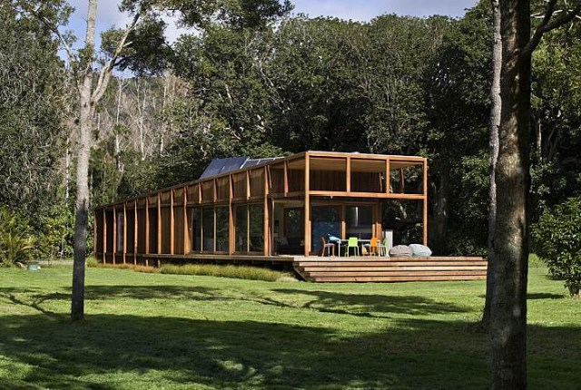 wooden house airy design (8)