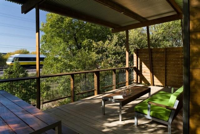 wooden villa Modern style on the hill (10)