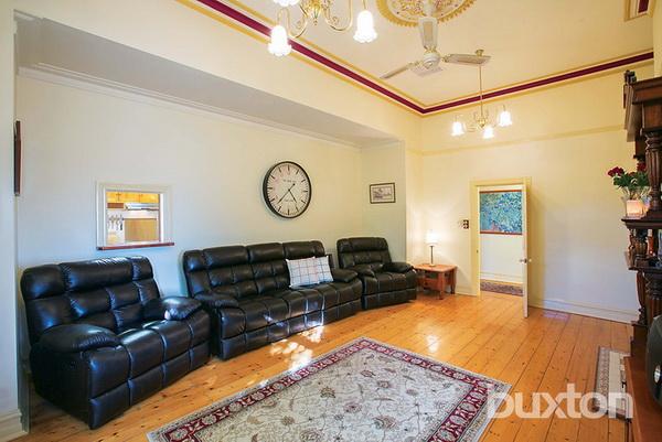 1 floor white classic house wooden interior (5)