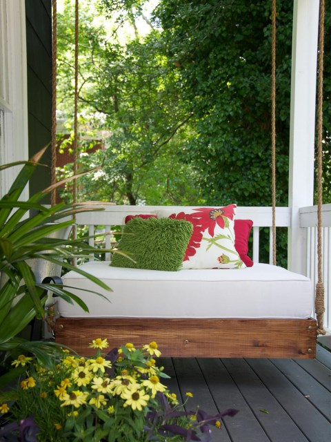 12-simply-stylish-outdoor-room-updates (5)