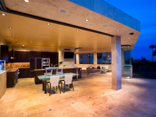 12-sizzling-party-ready-outdoor-kitchens (3)