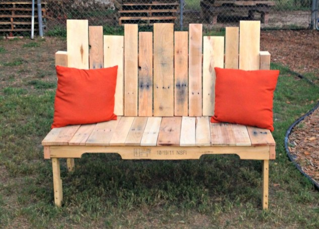 15-diy-benches-for-outdoors (3)