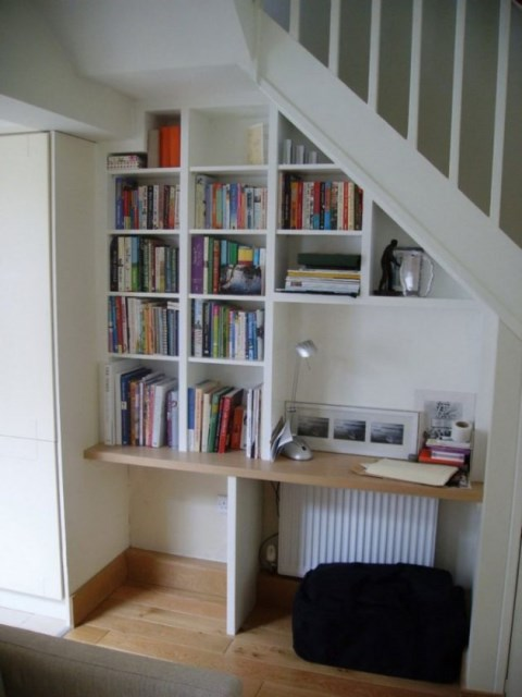 15-functional-libraries-under-the-stairs (1)