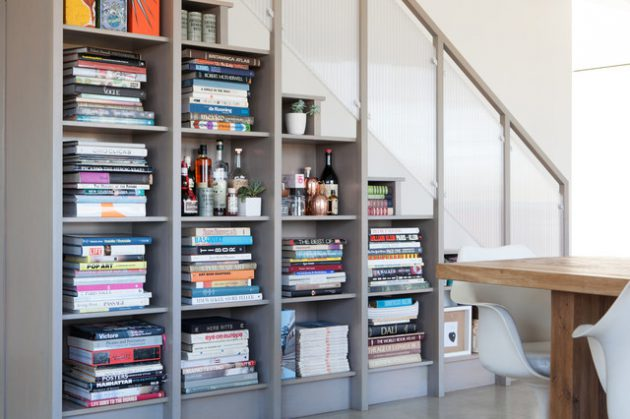 15-functional-libraries-under-the-stairs (10)