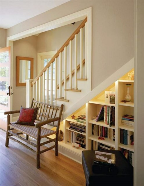 15-functional-libraries-under-the-stairs (16)