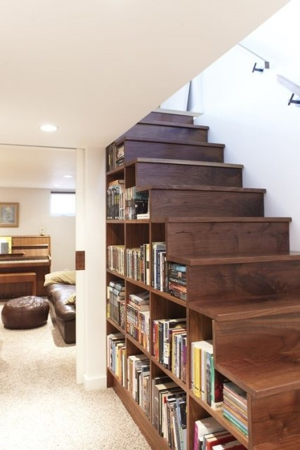 15-functional-libraries-under-the-stairs (6)