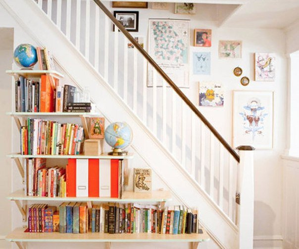 15-functional-libraries-under-the-stairs (7)