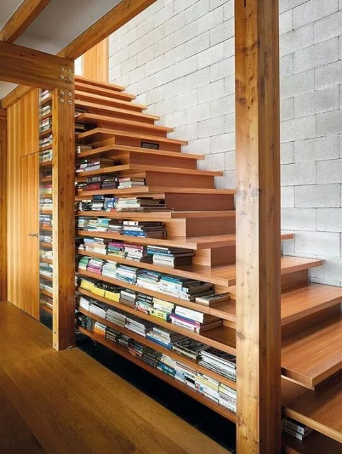 15-functional-libraries-under-the-stairs (8)