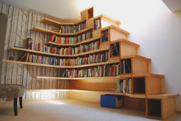 15-functional-libraries-under-the-stairs (9)