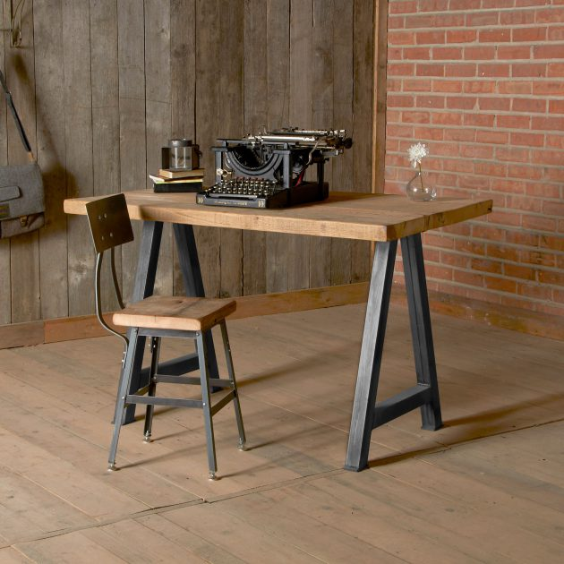16-classy-office-desk-designs-in-industrial-style (4)