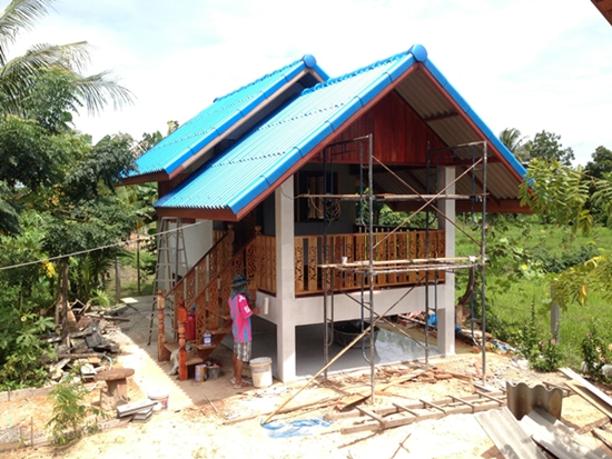 160 concrete cottage with basement review (13)