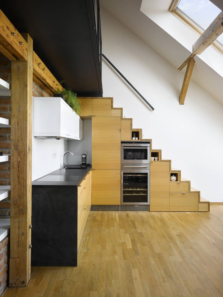 19 SPACE-SAVING UNDER STAIRS KITCHENS YOU NEED TO SEE (9)