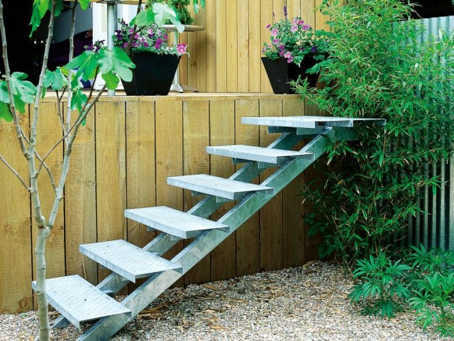 19-design-ideas-for-landscaping-stairs (15)