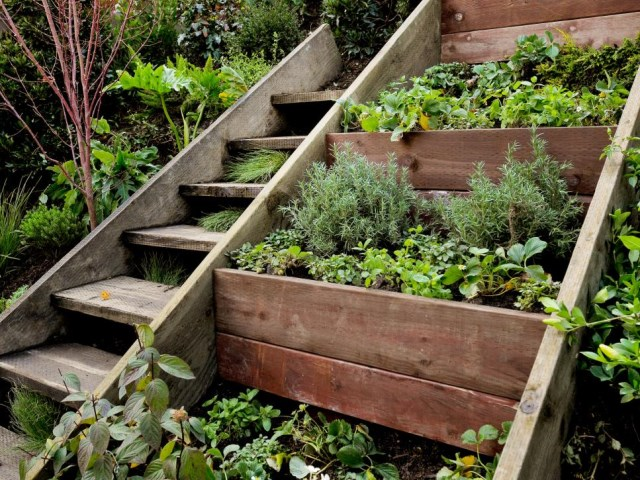 19-design-ideas-for-landscaping-stairs (20)