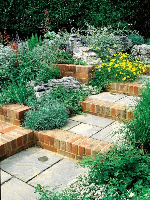 19-design-ideas-for-landscaping-stairs (7)