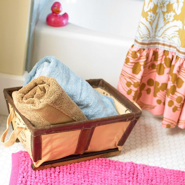 20-inspiring-diy-storage-for-small-bathroom (2)
