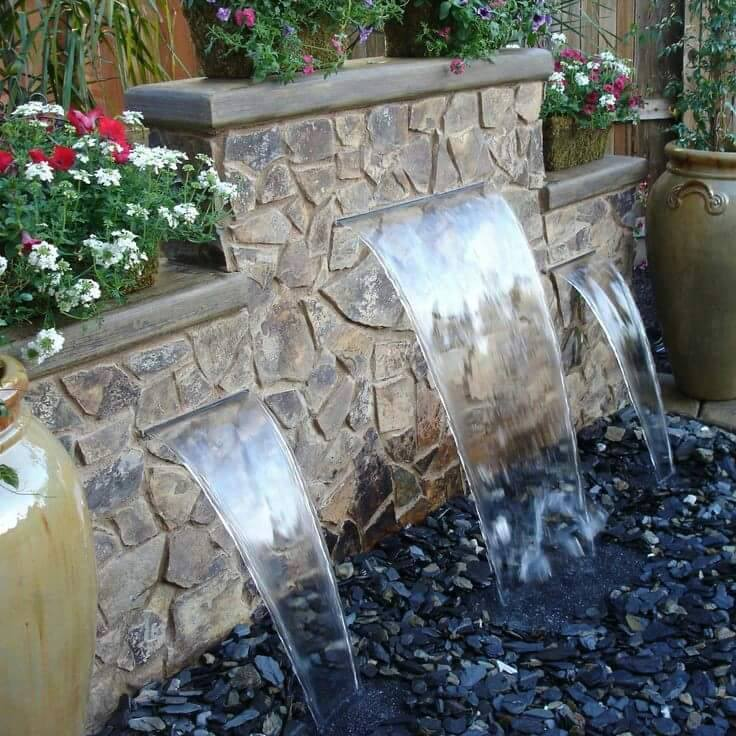 20 water feature decoration ideas (5)