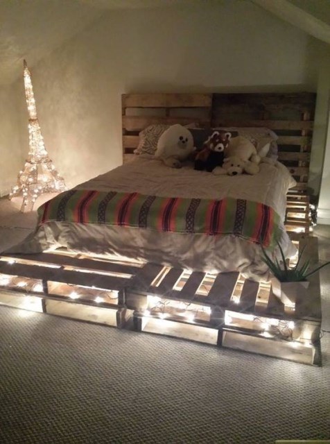 23-diy-pallet-bed-designs (2)